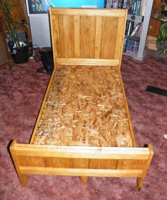 Toddler Bed After Oak Stain and Glossy Clear Coat